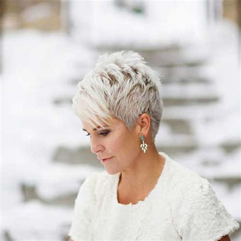 should women in their 40s wear short pixie cuts ladies choise short pixie cuts short hairstyles 2017