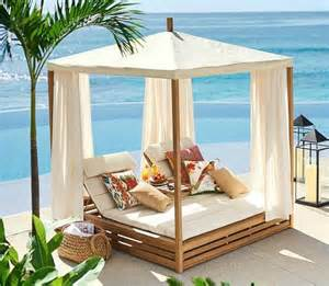 Diy Pottery Barn Bed Bring A Beach Cabana To The Backyard For The Ultimate