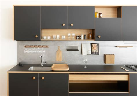 kitchens collections 2018 jasper morrison unveils kitchen design with lepic for schiffini