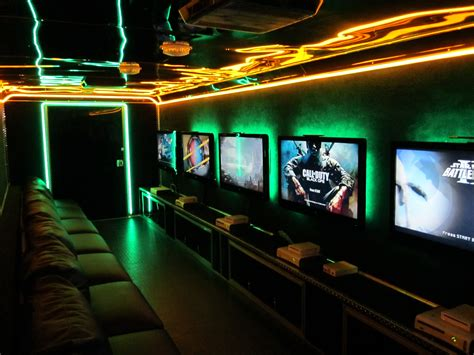 Ultimate Gamer Setup Conan Describes The Phenomenon Of Game Trucks