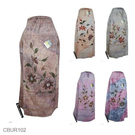 Mukena Lukis Bunga Bawahan Batik rok batik cantik motif batik lukis bunga bawahan rok
