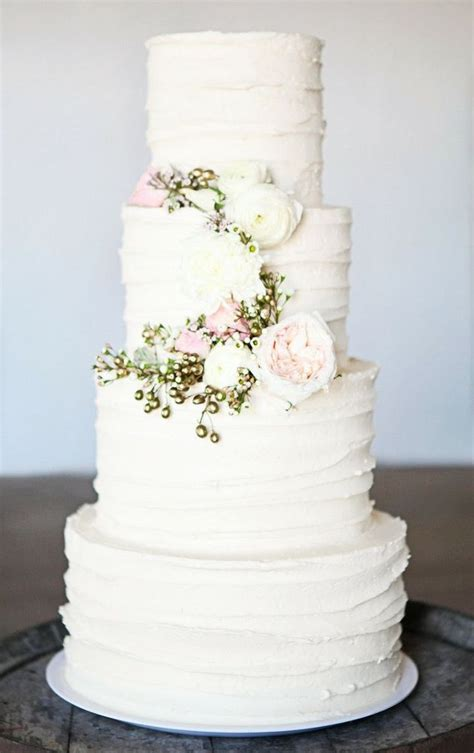 30 delicate white wedding cakes deer pearl flowers