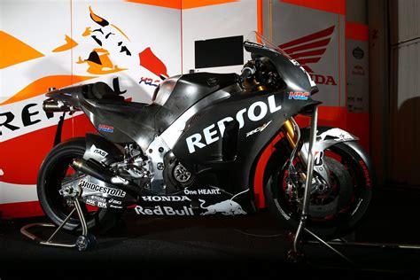Red Bull Racing Aufkleber Motorrad by Red Bull Repsol Honda Motogp Marc Marquez Dani Pedrosa