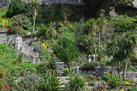 Photos D Aménagement D Une Butte by Jardin En Pente Raide Cabane Herisson Jardin U
