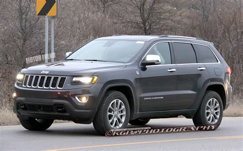 2014 jeep grand cherokee caught refreshed 2014 jeep grand cherokee completely revealed