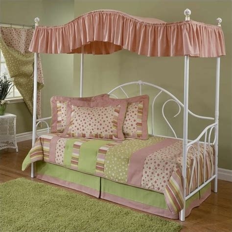 day beds for girls day beds for girls www imgkid com the image kid has it