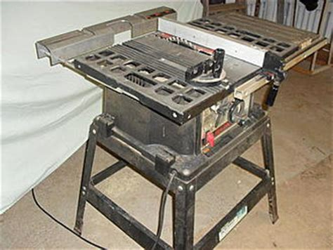 Skilsaw 10 Table Saw by Table Saw Bench Top Saw With A Leg Stand Skilsaw 10