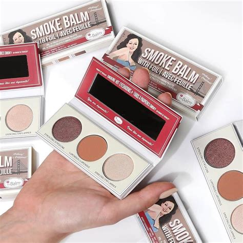 Palet Eyeshadow Warna Matte thebalm luncurkan palet eyeshadow smokebalm vol 4