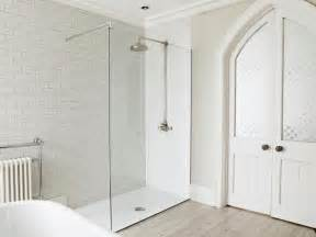 Glass Shower Screens For Baths Glass Shower Screens Are Brilliant And This Is Why