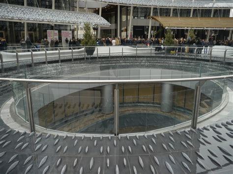 parafarmacia torino porta nuova fontana con vista sul piano zero complesso di porta