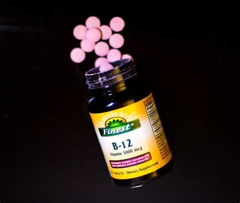 b supplements lung cancer excessive vitamin b supplements can cause lung cancer in