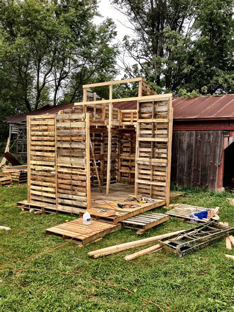 pallet houses pictures pin tiny pallet house free on pinterest