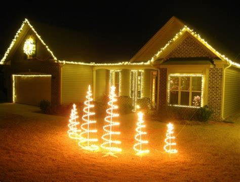 christmas lights simpsonville sc where to see christmas light shows in the upstate