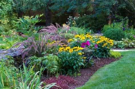 Garden Border Plants Flowers Designing Perennial Combinations Hgtv