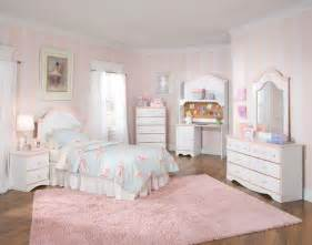 Bedroom Sets For Small Bedrooms Childrens Bedroom Sets Children And For Small Rooms