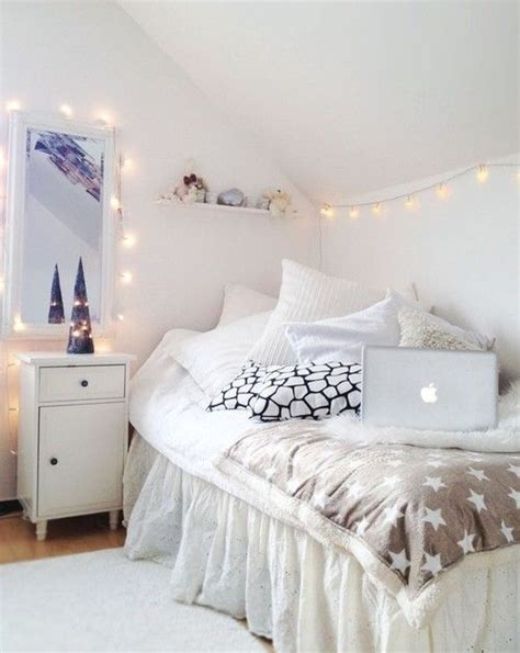 White Bedroom Love Fairy Lights Dream House Pinterest White Lights In Bedroom