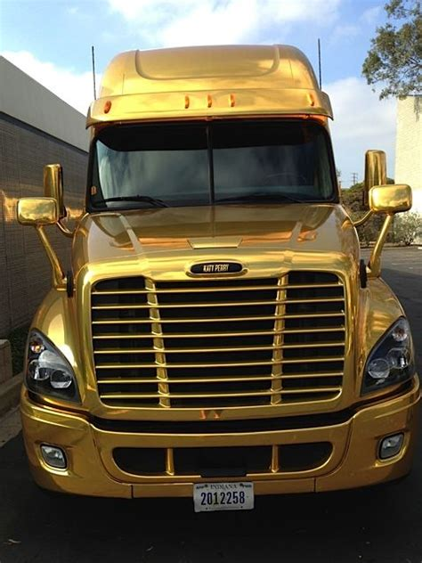 penske truck leasing used commercial trucks heavy duty 25 best penske images on pinterest trucks rigs and truck