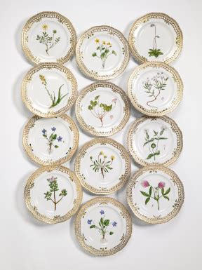 Stb Hm043 Hellomini Mcqueen Set plates and dishes sotheby s n09017lot6z9mfen