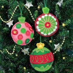 weekend kits blog christmas crafts handmade felt ornament kits