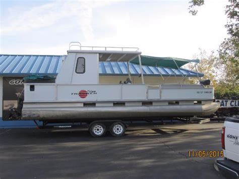 sun tracker party hut boats for sale tracker party hut 30 boats for sale
