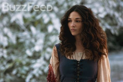 teen wolf crystal reed 2016 everything you need to know about crystal reed s return to