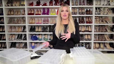 khloe kardashian organization best quick closet organization tips the best ways to