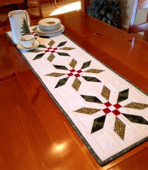 Best 25 Quilted Table Runners Ideas On Table - 25 best ideas about table runners on