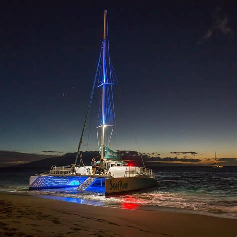 catamaran cruise kaanapali maui hawaii tours discount specials 4th of july fireworks