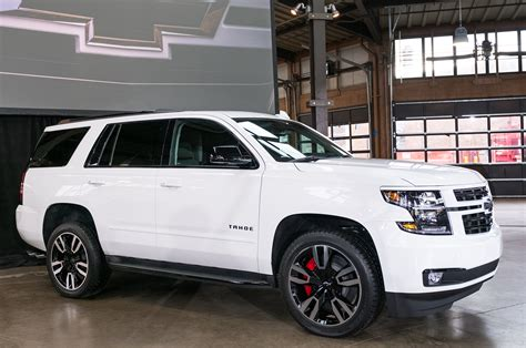 2018 chevrolet tahoe and suburban rst look motor trend