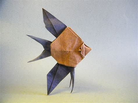 Angelfish Origami - this week in origami autumn leaves edition