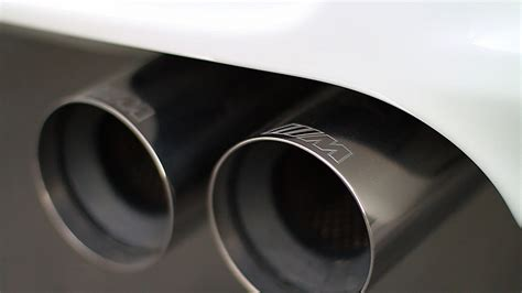 plug in exhaust even better gas mileage for plug in hybrids look to heat