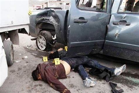 imagenes fuertes del narco en mexico 113 best images about narco on pinterest pistols