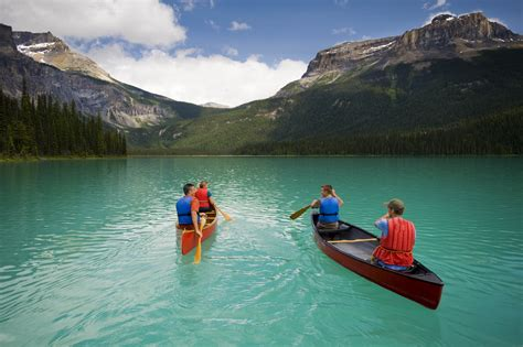 traveling to canada with a travel guides in alaska and canada entree destinations