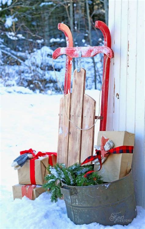 sleigh decor 33 creative and sleigh d 233 cor ideas for