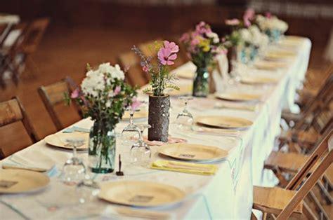 Schlichte Tischdeko Hochzeit by 54 Dekos F 252 R Eine Romantische Diy Hochzeit Archzine Net