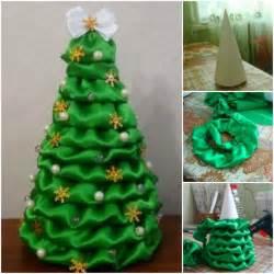 Make this satin fabric christmas tree check tutorial