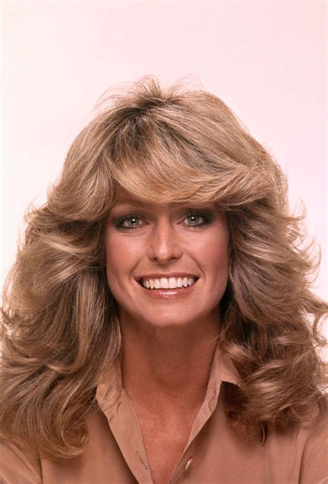 how to cut a 1980 shag haircuts in 1976 farrah fawcett posed for a swimsuit poster that