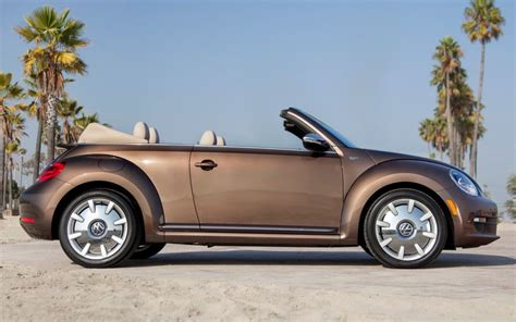 volkswagen beetle side view 2013 volkswagen beetle convertible 70s edition side view