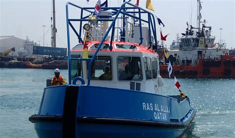 tugboat job in doha qatar nakilat damen launches first two mooring boats for the