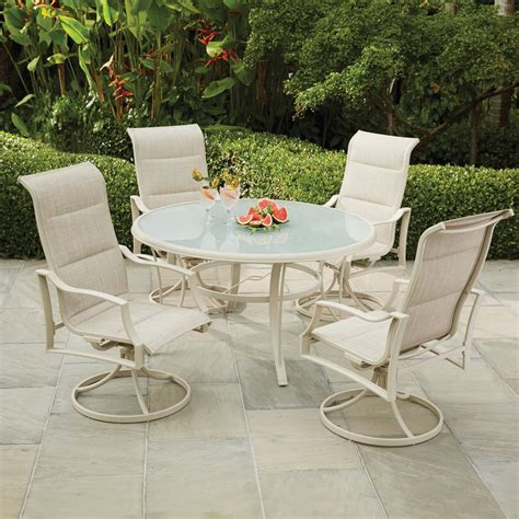 Aluminum Patio Dining Table Hton Bay Statesville Shell 5 Aluminum Outdoor Dining Set Fca70357ds St2w The Home Depot