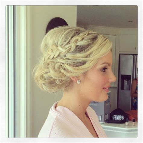 upstyle hair styles perfect bridesmaid upstyle