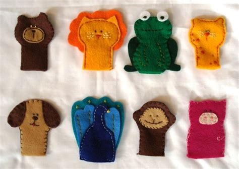Handmade Puppets Patterns - links with free finger puppet patterns felt with