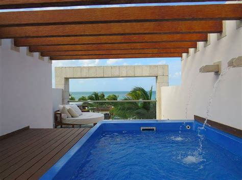 hotel room with own pool these caribbean hotel rooms their own pools