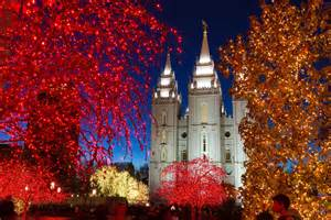 lights temple square mormonism in pictures temple square dressed for