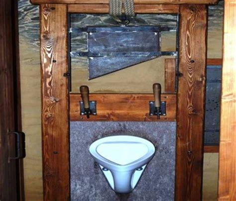 Terompet Tali Se 10 toilet unik dan menarik di dunia berbagi 10