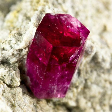 6 15 Bixbite Beryl 8mm gem beryl bixbite saturated deepred color