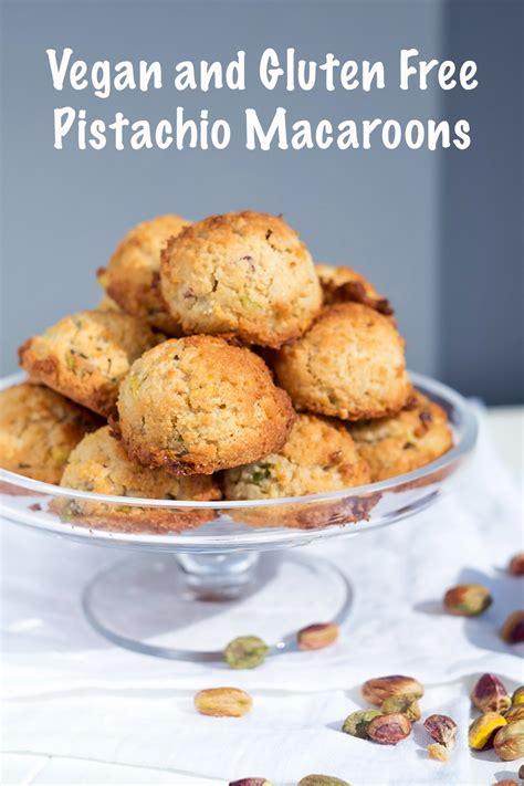 vegan pistachio macaroons mondomulia