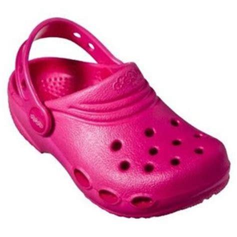 Sepatu Crocs Pink aneka model sandal crocs cewek percikan ilmu