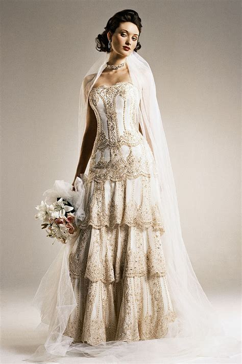 how to look in vintage inspired wedding dresses