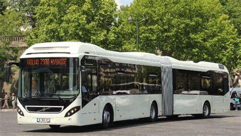 demonstration du bus volvo  hybrid pour la ratp construction cayola